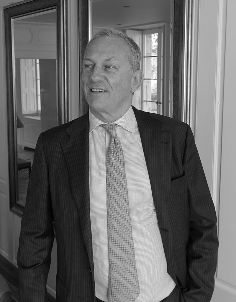 Franco N. CROCE assiste et conseille ses clients à Genève en français, en italien, en anglais et en allemand.