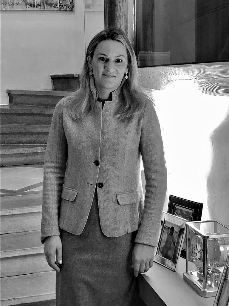 Manuela ROBUTTI-CROCE est avocate au Barreau de Genève.