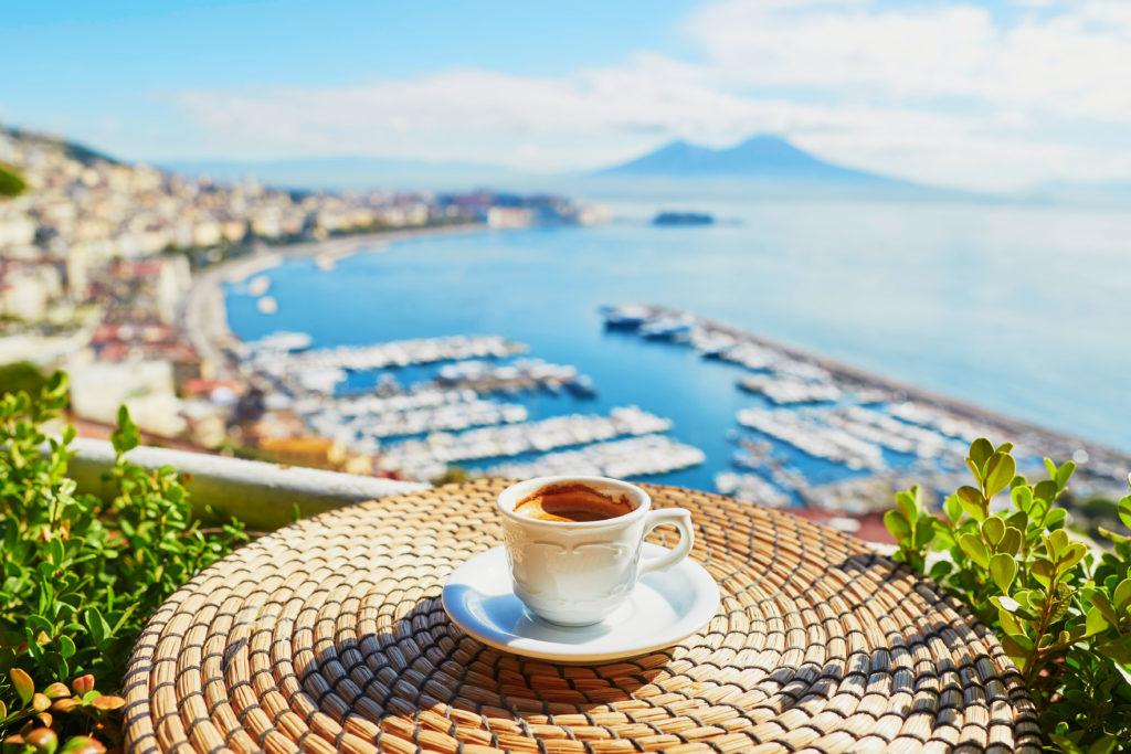 Bord de mer, campagne, ville, l'Italie offre beaucoup d'endroits où s'installer.